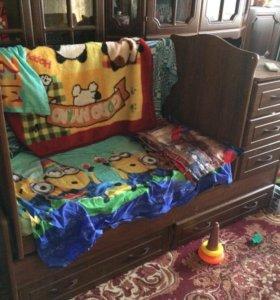 Детская кровать-маятник