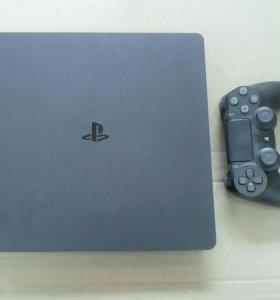 PS 4 SLiM