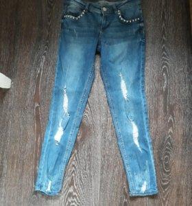 Продам новые укороченные джинсы