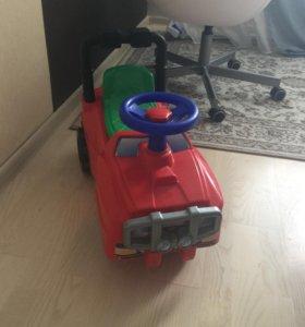 Машина детская для развития ножек