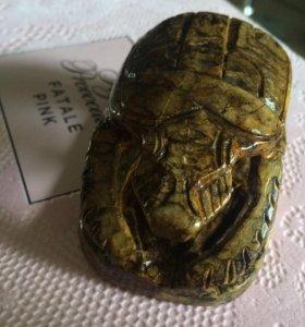 Жук-скарабей из Египта