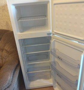 СРОЧНО продам холодильник в отличном состоянии