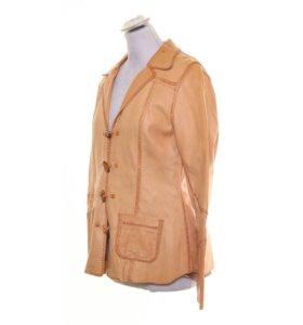 Стильная кожаная куртка-пиджак