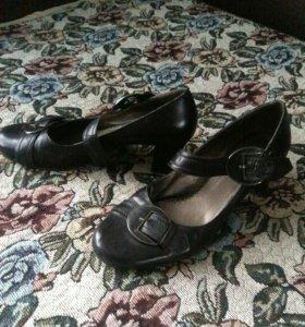 Кожаные туфли 39—40 размер.