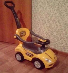 Машинка для катания детей