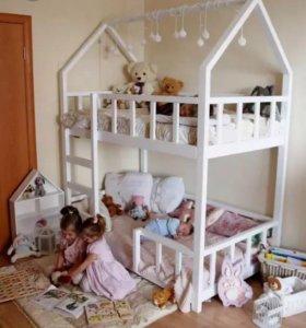 Двухъярусная кровать, кроватка-домик