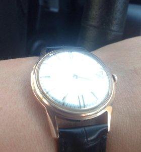 Золотые часы Полет