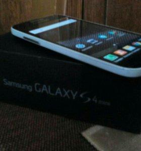 Samsung galaxy s4 mini Black edition 4g.