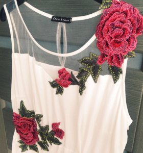 Платье, торг уместен