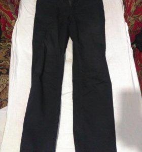 чёрные джинсы zola
