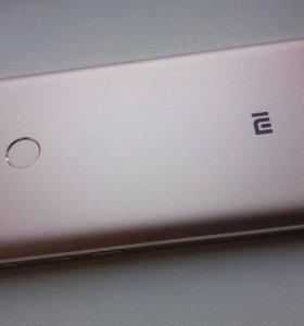 Смартфон Xiaomi Redmi 4 Prime