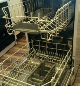 Посудомоечная машина Bosch.