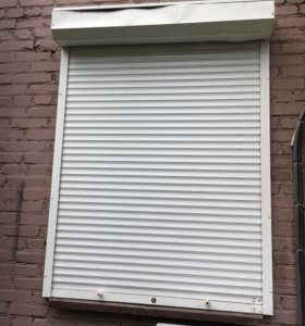Рольвставня окно