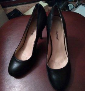 Туфли 36 размер.