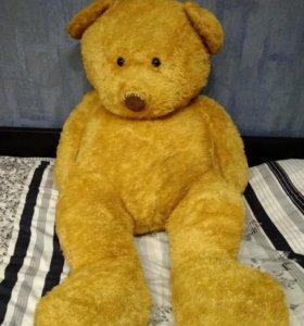 Гигантский плюшевый медведь. Новый