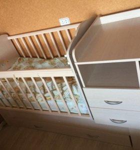 Детская кровать для новорожденных с маятником
