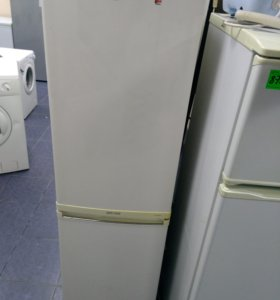 холодильник LG узкий