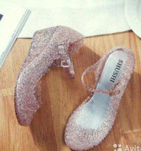 38 р новые туфли