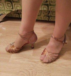 Туфли танцевальные, новые