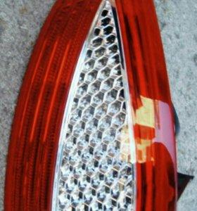 Новый задний фонарь Форд Мондео 4 дорестайл