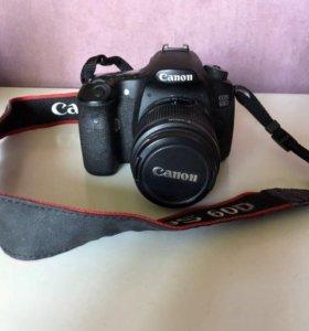 Продаю зеркальный фотоаппарат Canon 60d + обьектив