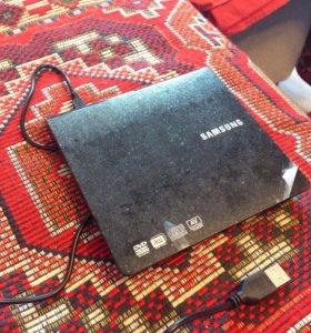 DVD+RW внешний дисковод Samsung SE-208
