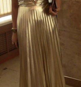 Вечернее платье золотой