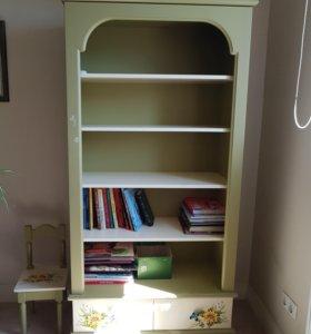 Книжный шкаф детский из массива