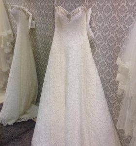Свадебное платье Meggi