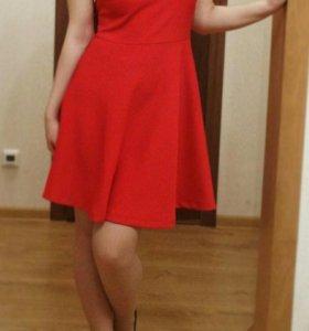 Красное платье Insity