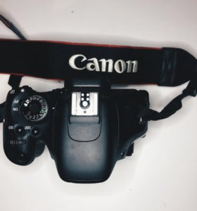Canon EOS 600d BODY зеркальная фотокамера