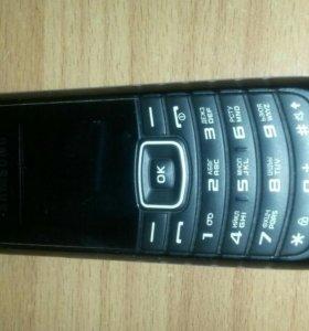 Телефон Samsung E1080W
