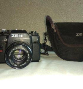 Зеркальный фотоаппарат ZENIT 122