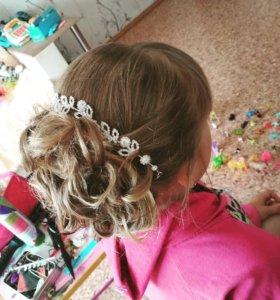 Плетение кос, прически,локоны.