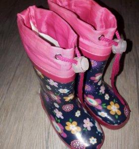 Резиновые сапожки для девочки 22 размер 14 см .