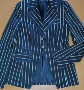 Стильный брендовый пиджак в полоску 42-44