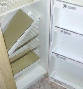 Холодильник, Саратов.120 см высота