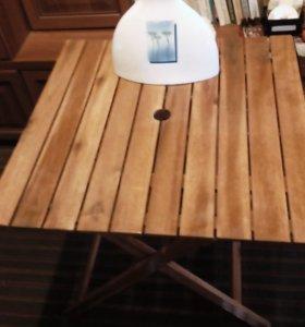 Складной столик из дерева(тик) б/у.