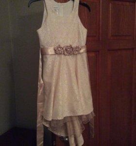 Платье на девочку 10—12 лет