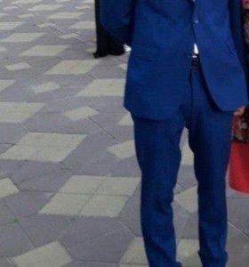 Продаю костюм для выпускного и свадебных вечеров