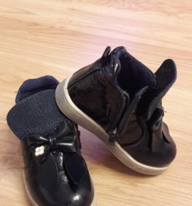 Ботинки для девочки размер 24 искусственная кожа