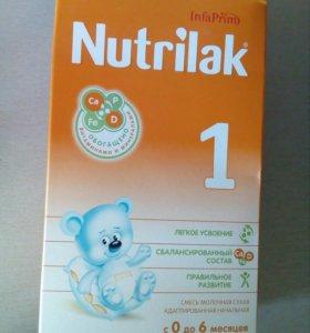 Детская смесь Nutrilak