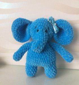 Слоненок девочка