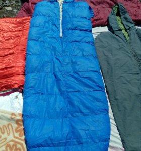 Спальный мешок с рюкзаком