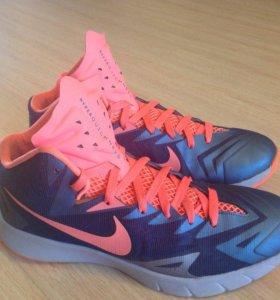 Баскетбольные кроссовки Nike Lunar Hyperquickness