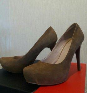 Дорогие девушки, продаю туфли натуральные 3000 Тыс
