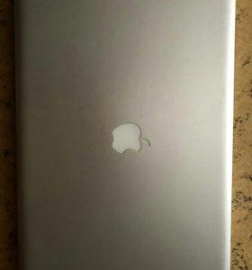 Macbook pro 17 late 2011 i7 2.4/6770