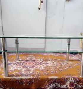 Стол журнальный(стекло)