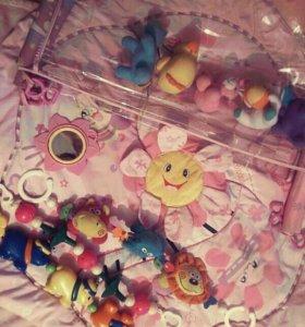 Игровой коврик+ игрушки и погремушки