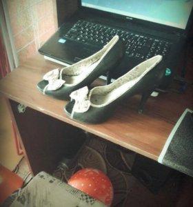 Туфли (3 пары)